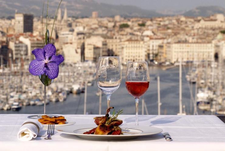 marseille Les meilleurs restaurants deco design à Marseille Les meilleurs restaurants deco design à Marseille marseille2