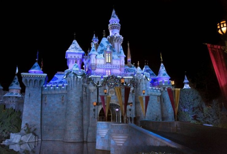 disney éclairage  Les 10 meilleurs éclairages de Noël de 2012 Les 10 meilleurs éclairages de Noël de 2012 dis1