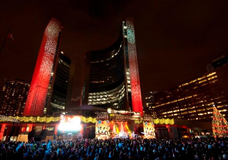noel à toronto Les 10 meilleurs éclairages de Noël de 2012 Les 10 meilleurs éclairages de Noël de 2012 t