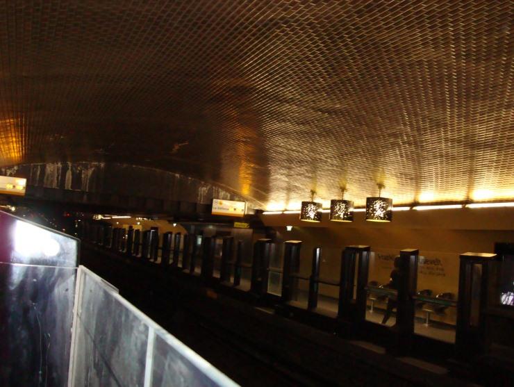 luminaire paris Franklin D. Roosevelt: une station unique  Franklin D. Roosevelt: une station unique  lamps