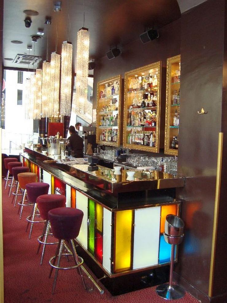 « Si vous y allez en vacances ou même si vous vivez à Lyon, mais ne connaissez pas les meilleurs bars, cette liste pourra vous aider quand vous pensez à marquer un programme différent pour une des nuits de vos vacances » Les meilleurs bars à cocktails de Lyon Les meilleurs bars à cocktails de Lyon comptoir de la bourse
