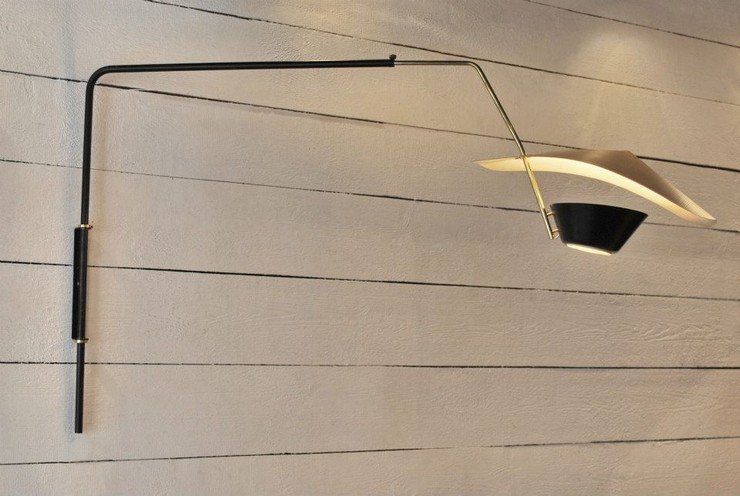 « Aujourd'hui termine la 4ème édition de l'événement Design Élysées à Paris. Il s'insère dans la semaine dédiée à l'art moderne et contemporain à Paris et a été créé par les amateurs et collectionneurs internationaux d'Art et de Design. » Design Élysées 2013 – Sachiez plus Design Élysées 2013 – Sachiez plus 71