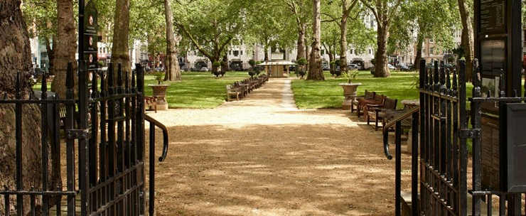 « La Foire d'Art PAD Londres ou Pavilion d'Art & Design de Londres, si vous préférez, comprends des œuvres exceptionnelles de l'art moderne, du design, des arts décoratifs, de la photographie, des bijoux et de l'art tribal depuis 1860 jusqu'à aujourd'hui » PAD Londres 16-20 Octobre PAD Londres 16-20 Octobre Berkeley Square Mayfair