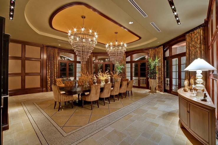 « Soit dans des hôtels, galeries, bars ou même chez nous, les lustres sont pièces de design imposants qui captent l'attention de toutes les personnes sur eux. » Les meilleurs lustres pour des grandes tables Les meilleurs lustres pour des grandes tables 11