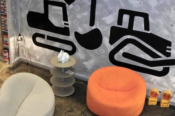 « Ligne Roset, enseigne emblématique du design, ouvrira son nouveau showroom à Paris, rue Réaumur en Février 2014. » Le nouveau showroom de Ligne Roset à Paris Le nouveau showroom de Ligne Roset à Paris Gal09