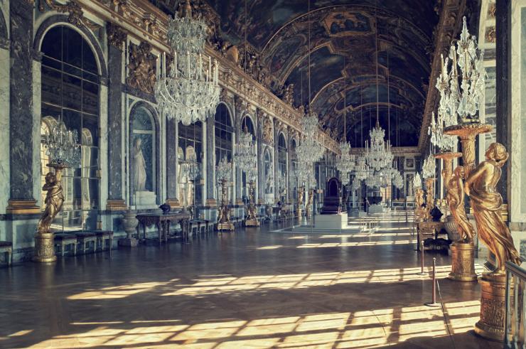 Versailles Galerie des glaces Les pièces mythiques du château de Versailles. Les pièces mythiques du château de Versailles. Versailles Galerie des glaces