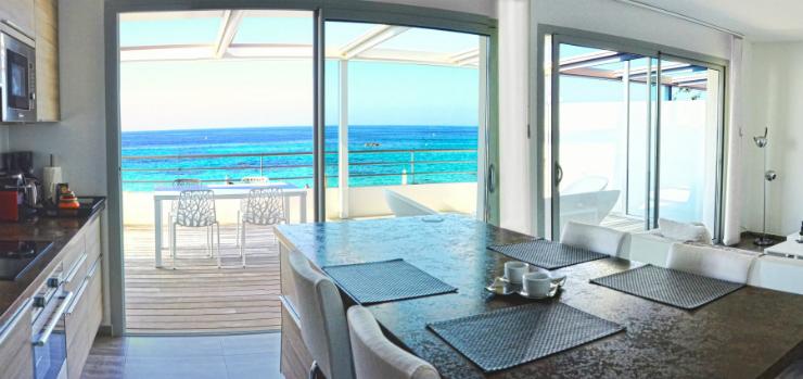 le top 5 des h tels de luxe em corse. Black Bedroom Furniture Sets. Home Design Ideas