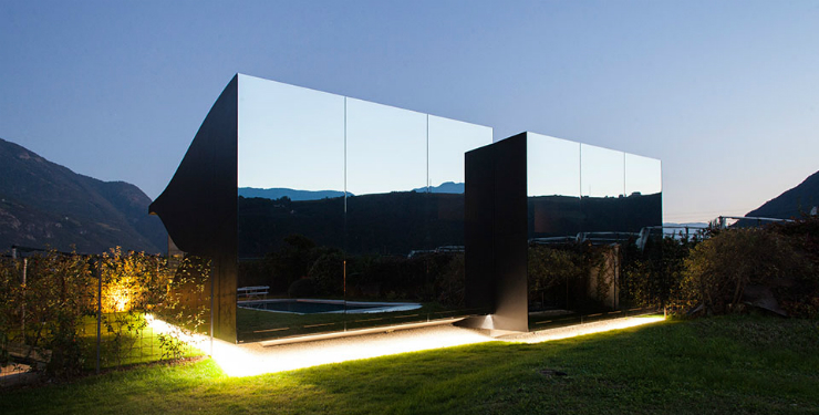 Maisons miroirs- 2 Une maison miroir en Italie Une maison miroir en Italie Maisons miroirs 2