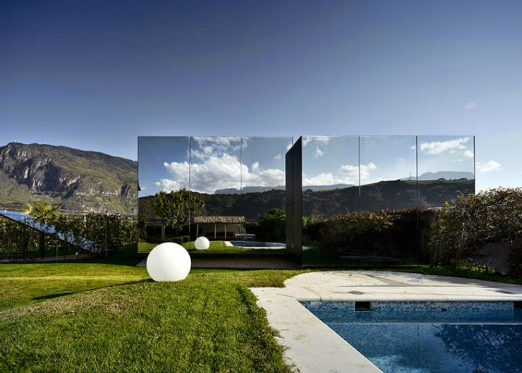 Maisons miroirs- 5 Une maison miroir en Italie Une maison miroir en Italie Maisons miroirs 5