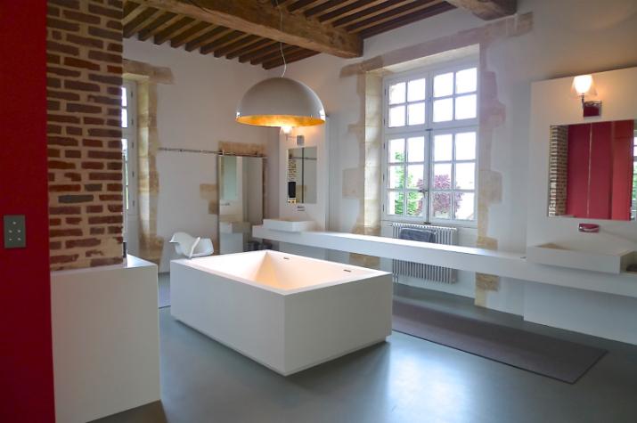 1 Une salle de bain par Philippe Demougeot Une salle de bain par Philippe Demougeot 190