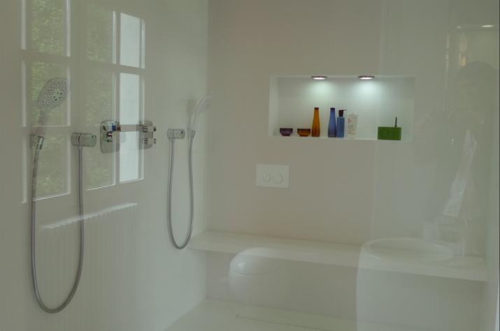 5 Une salle de bain par Philippe Demougeot Une salle de bain par Philippe Demougeot 520