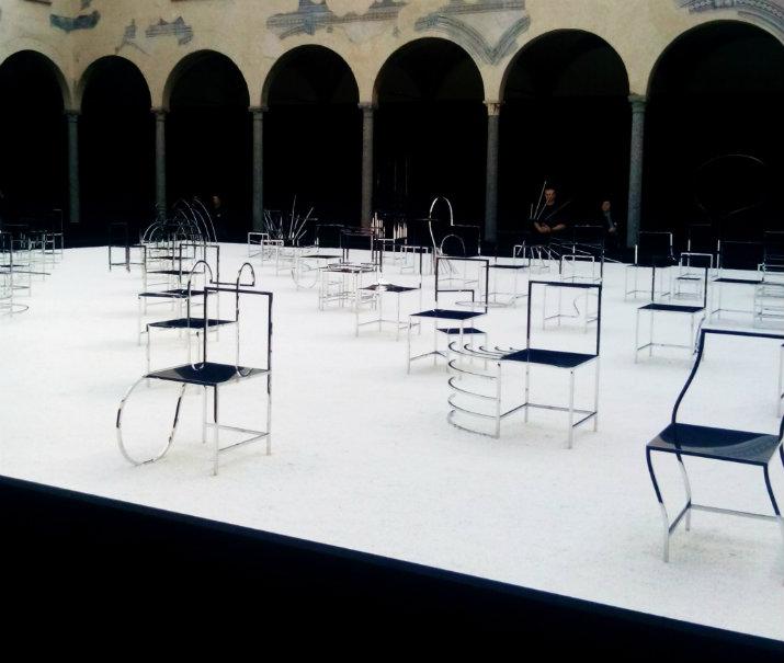 Des chaises mangas crées par Nendo