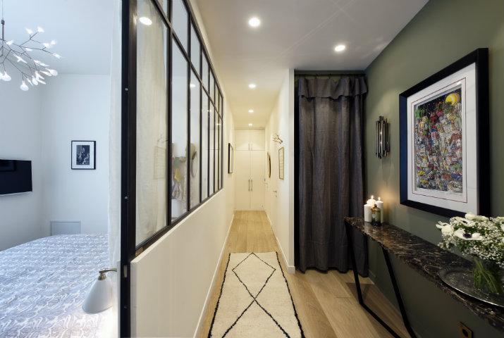 10 sur dix un studio magnifique paris. Black Bedroom Furniture Sets. Home Design Ideas