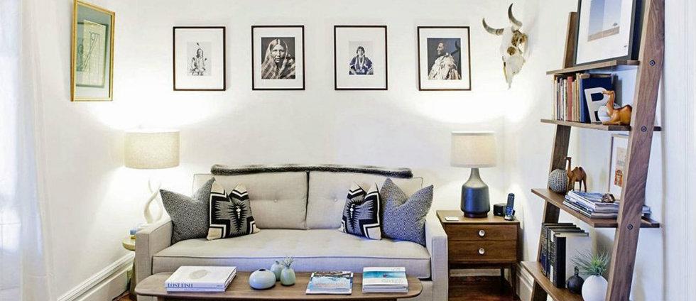 des id es pour rendre un petit salon plus luxueux. Black Bedroom Furniture Sets. Home Design Ideas