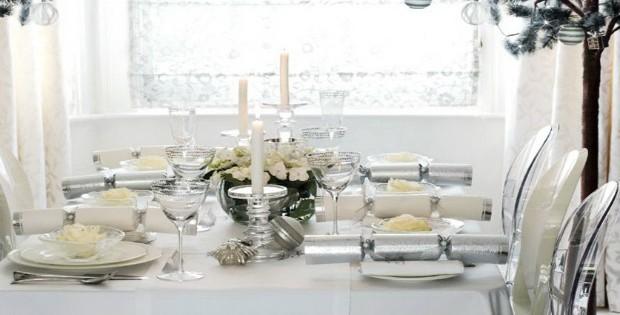 Table de Noël – Des idées pour décorer votre salle à manger table Table de Noël – Des idées pour décorer votre salle à manger Featured Image 620x315
