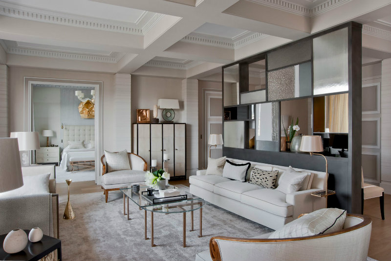 5 CONSEILS DE DESIGN D'INTÉRIEUR DE JEAN-LOUIS DENIOT Jean-Louis Deniot 5 CONSEILS DE DESIGN D'INTÉRIEUR DE JEAN-LOUIS DENIOT coveted Top Interior Designers Jean Louis Deniot PARIS     AVENUE MONTAIGNE