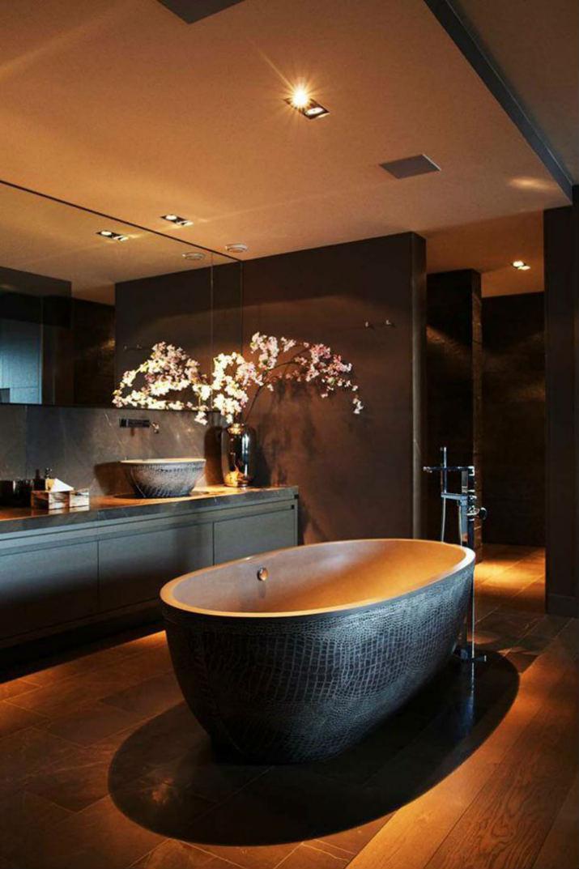 salle de bain de luxe salle de bains 7 idées de design de salle de bains noires de luxe Baignoire Design 720x1080