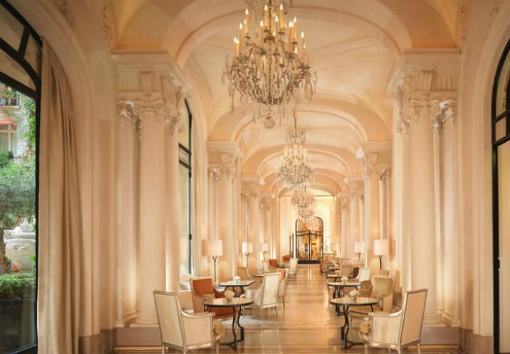 Hôtels de Luxe à Paris plaza athénée Hôtels de Luxe: Plaza Athénée L'adresse de la Haute Couture à Paris Luxury Hotels Plaza Ath  n  e Is The Haute Couture address in Paris 6