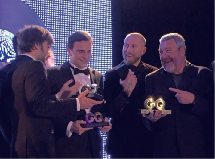 Philippe Starck - le designer contemporain de plus influent par le magazine GQ philippe starck Philippe Starck – Le designer contemporain le plus influent de 2016 bc02dd94a74e26098274cbc4f773d56a
