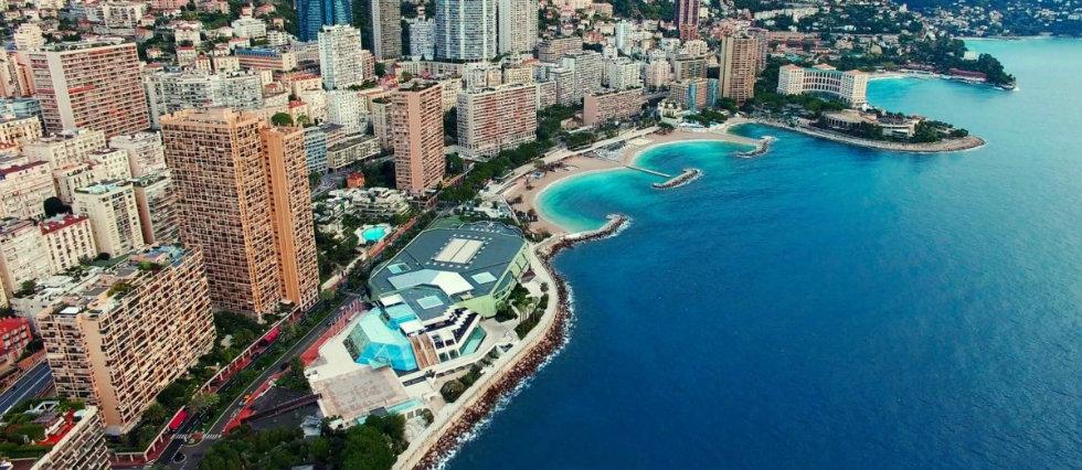 DelightFULL On Tour: Les villes luxueuses de Monaco et de Cannes. capa