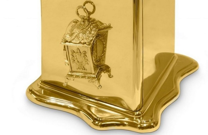 Explorez ces idées de cadeaux de luxe par Boca do Lobo > Magasins Deco > Les dérnieres nouvelles dans le mond du design > #cadeudeluxe #ideesdecadeauxdeluxe #magasinsdeco  Explorez ces idées de cadeaux de luxe par Boca do Lobo Explorez ces id  es de cadeaux de luxe par Boca do Lobo 2
