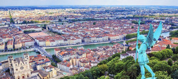 Guide á Lyon : Les Top Boutiques de Déco experiencia em lyon franc por marina 78dfae6a8daadfc809d4a7b1e9af75dd 710x315