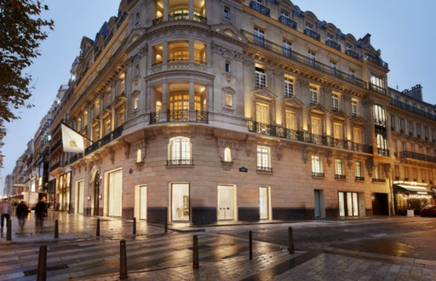 Un Bâtiment Historique des Champs-Élysées abrite Désormais un Nouvel Apple Store  Un Bâtiment Historique des Champs-Élysées abrite Désormais un Nouvel Apple Store fffff 620x400