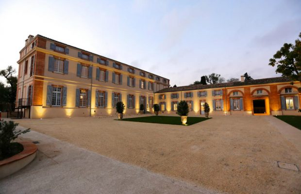 Le Château de Drudas à Toulouse a Subi un Remaniement Brillant et Luxueux
