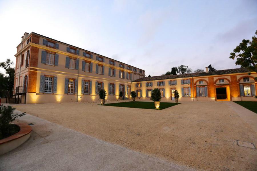 Le Château de Drudas à Toulouse a Subi un Remaniement Brillant et Luxueux 116866866