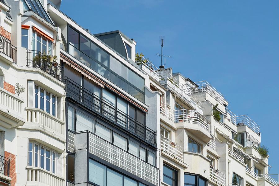 L'Ancien Appartement Parisien de Le Corbusier Rouvre au Public le corbusier interiors residential france paris apartments dezeen 2364 col 2