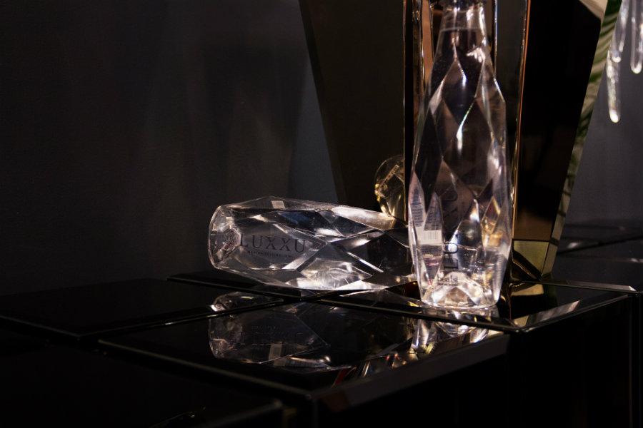 Celles Marques De Design Luxueuse Sont Le Meilleur Qui M&O A À Offrir! LX5