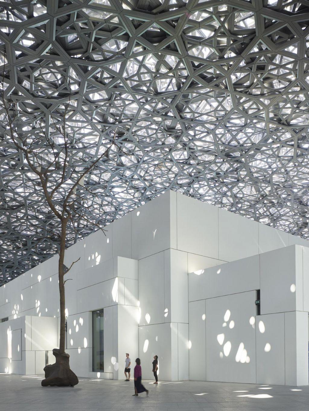 Top 10 : Le chef d'oeuvre de Jean Nouvel Louvre Abu Dhabi