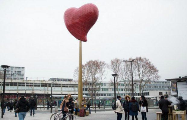 Un Coeur Rouge Géant De l'Artiste Joana Vasconcelos Illuminera Saint Ouen jv2 okokokokokokokoklll 620x400