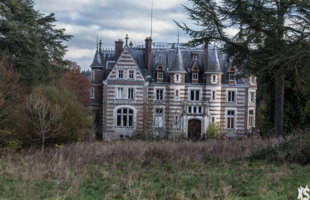 5 Lieux Abandonnés à Découvrir en France  5 Lieux Abandonnés à Découvrir en France chateau lamare 2 1024x682 620x400