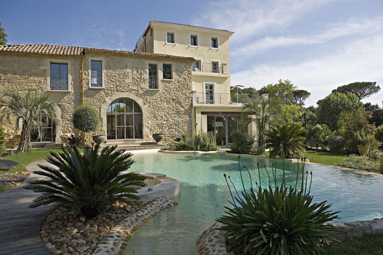 TOP 10 des Plus Belles Piscines de France Domaine de Verchant    Montpellier 1