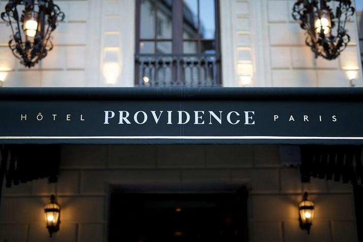 """Le décor '' Fitzgerald '' à l'hôtel Providence à Paris  Le décor """" Fitzgerald """" à l'hôtel Providence à Paris Le d  cor Fitzgerald    lh  tel Providence    Paris 8"""