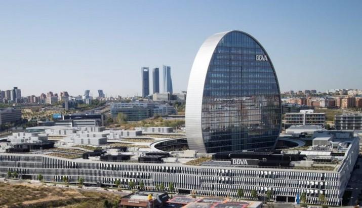 Herzog & De Meuron: Quand l'Excellence Rencontre l'Architecture Herzog De Meuron Quand lExcellence Rencontre lArchitecture 3